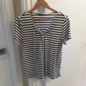 Old navy black and white striped lace front large